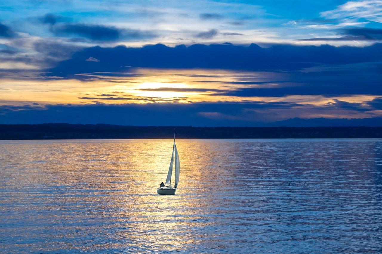 sailboat, lake, sailing-596462.jpg